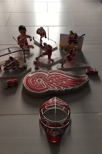 Hockey memorabilia lot