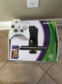 Xbox 360 with Kinect with 2 controllers North Vancouver, V7G 2P4