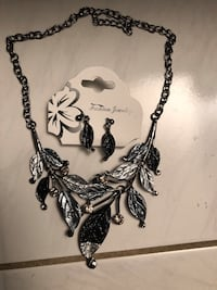 Necklace and earrings $15 Vaughan, L4K 5B4