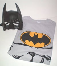 Batman Tshirt with Attached Cape and Mask by Rubie's Size XL Adult London