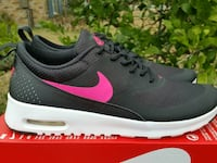 Nike Air Max Thea size 7y New  Metairie, 70006