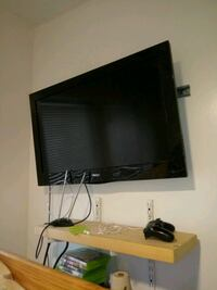 """32"""" flat sceen without remote $75 Chicago, 60622"""