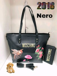 Tote bag in pelle nera con nappina Maddaloni, 81024