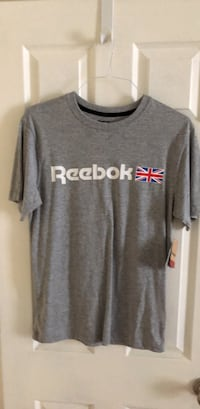 NWT Men's T Shirt Small