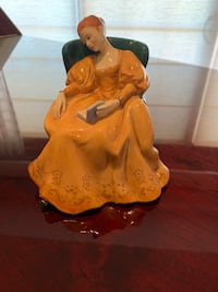 Royal Doulton Figurine. Romance Windsor, N9A 0C6