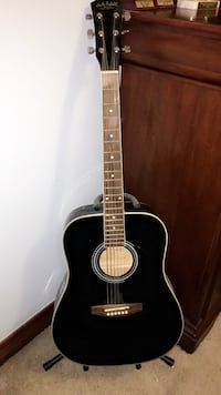 Black acoustic guitar and stand Galena, 43021