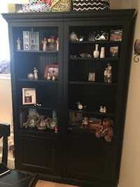 Solid wood shelving unit Milton, L9T 2R1