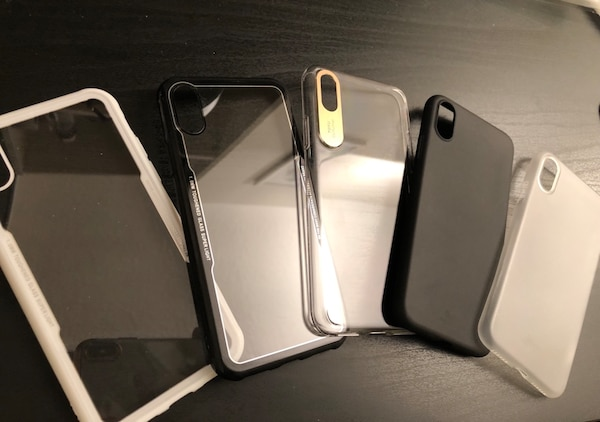Iphone X/XS case & Tempered glass
