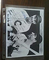 baseball player autograph with joe dimagio