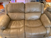Leather sofa set of 3 with recliners