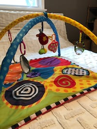 Baby activity playmat with all original pieces, folds up and stores away  Alexandria, 22306