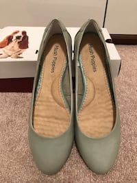 Soft Green Hush Puppies Flats (New) Toronto, M3J 0H1