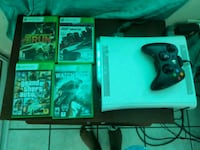 white Xbox 360 game console and game cases Canóvanas, 00729