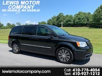 2013 Chrysler Town & Country S Clarksville