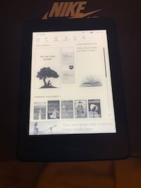 Kindle Paperwrite 10th Generation w/ case Hyattsville, 20785