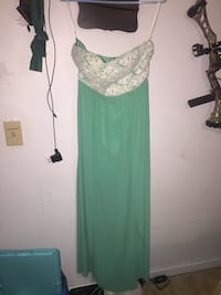 Homecoming dress size 6 Bunker Hill, 25413