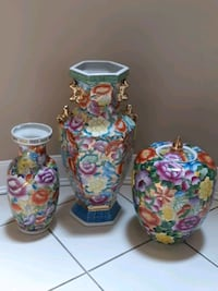 Set of Oriental Vases-$20 & Up Mississauga, L5R 3C7