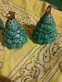 Hand painted, vintage, salt and pepper shakers