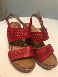 New red wedges sandals, size 6-7