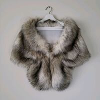 Luxury Faux Fur Shawl with closure and warm colour Vaughan, L6A 1S2