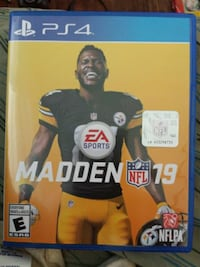 EA Sports Madden NFL 19 PS4 game case Cambridge, N1R 1C8