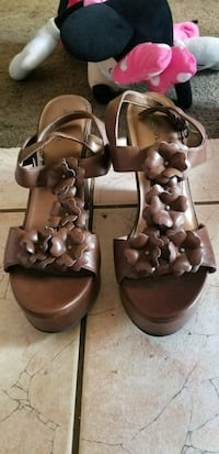 pair of brown leather open-toe sandals Fresno