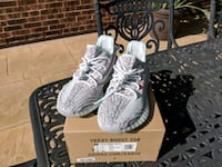 Yeezy 350 V2 Blue Tint Size 8 Houston, 77004