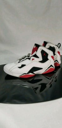 white-and-red Air Jordan 6 shoes Fostoria, 44830