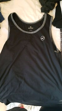 hollister tank top small mens like new. shirt