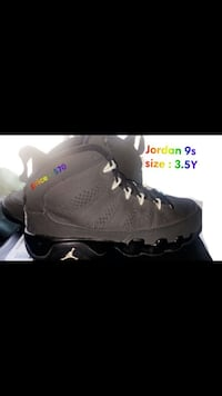 unpaired black Air Jordan 13 shoe screenshot Madera, 93638