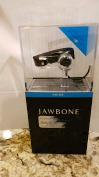 Jawbone Bluetooth ear piece - missing charging cable Southlake, 76092