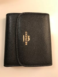Coach wallet brand new Vancouver, V5R 2P9