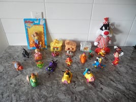 *Vintage* Small Toy Lot $10 PU Morinville