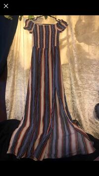 Maxi dress- small London, N6J 1N4