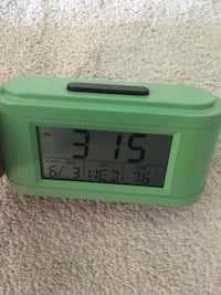 Green alarm clock Fort Washington, 20744
