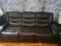 black leather 3-seat sofa Montréal, H4V 2W7