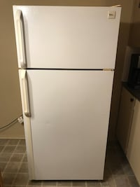 Gibson refrigerator  Laval, H7N