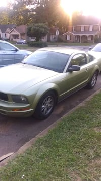 FORD MUSTANG COUPE Birmingham