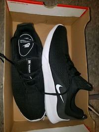 Mens NIKE Shoes Size 13 ☆New☆