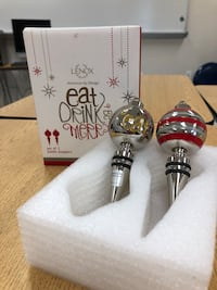 Lenox wine bottle stoppers
