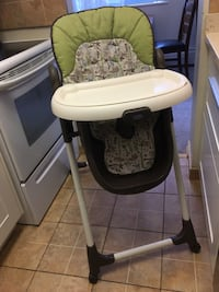High chair Graco North Vancouver, V7P 3G7