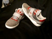 Adidas size 10  Excallent condition shoes  Winnipeg, R3B 3C3