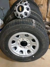 Tires and wheels for 2500 chevy new Vance, 35490