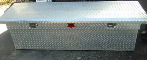 chrome Diamond  plated truck saddle box