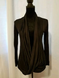 Brand new black cardigan top Paso Robles, 93446