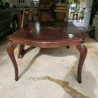 oval brown wooden coffee table Lilburn, 30047