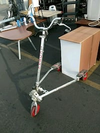 gray and black swing scooter