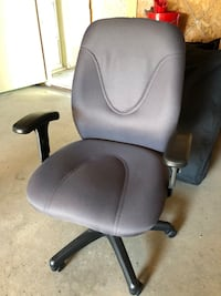 Office Chair Calgary, T2G 1L7