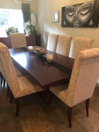 Dining Room Table with Chairs San Diego, 92115