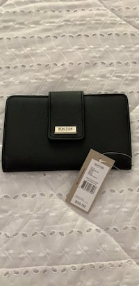 Kenneth Cole brand new wallet  Toronto, M8W 1X1
